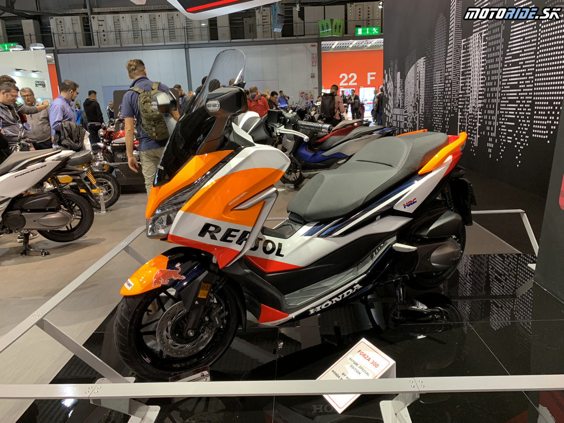 Honda Forza 300 Repsol - EICMA 2018
