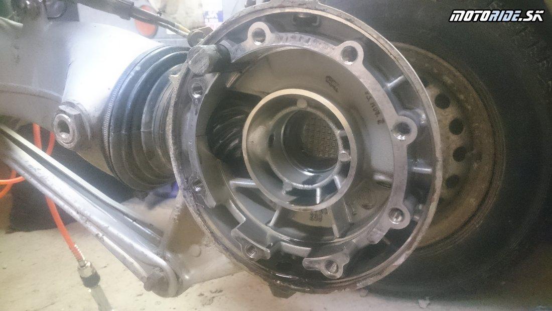 Vymena odvzdušnenia kardanu - Blog: Prestavba BMW R1150GS RR Enduro by Awia dokončená (servis WP)