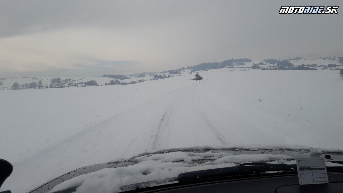 Čerstvé foto z areálu v Brezne - Pozvánka: 5-te Stretko ľadových medveďov 2019, Brezno - motorky, zima, sneh, preteky, pioniere a skvelá zábava