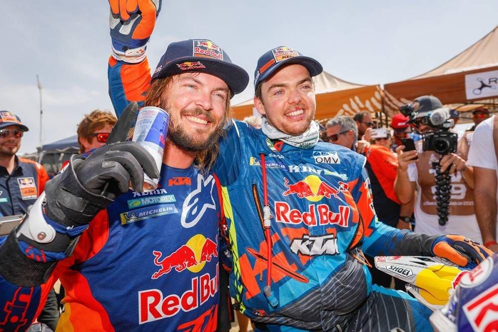 Toby Price a Matthias Walkner - Dakar 2019 - 10. etapa - Price víťazom etapy i Dakaru, 18. triumf pre KTM - Pisco - Lima