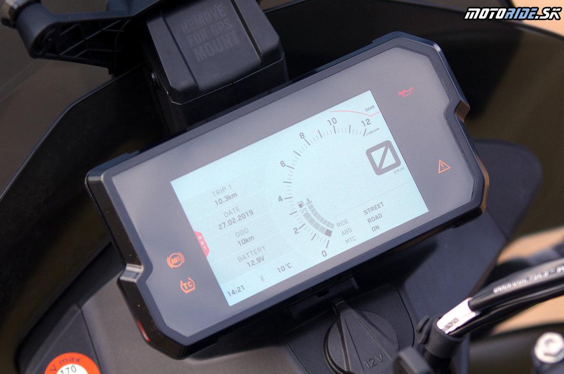 Farebná TFT prístrojovka - Prvé dojmy z jazdy na KTM 790 Adventure R 2019