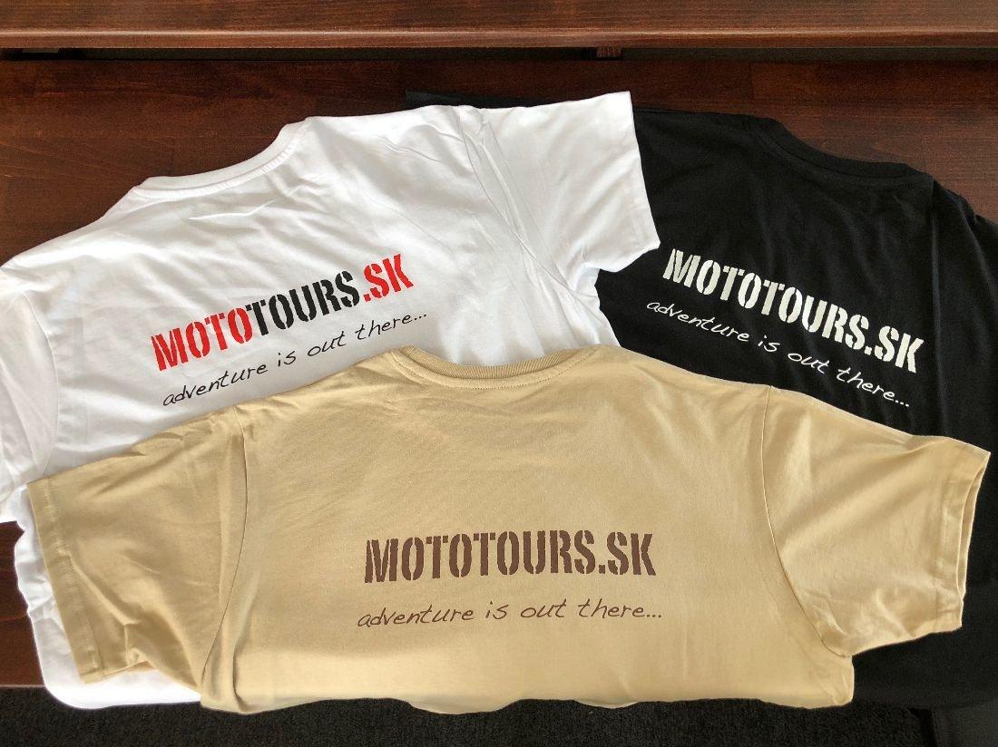 Cestovná agentúra MOTOTOURS.SK venuje výhercom tričká