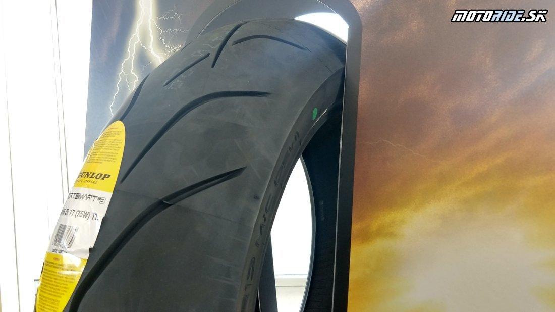 Testujeme nové pneumatiky Dunlop Sportsmart Mk3