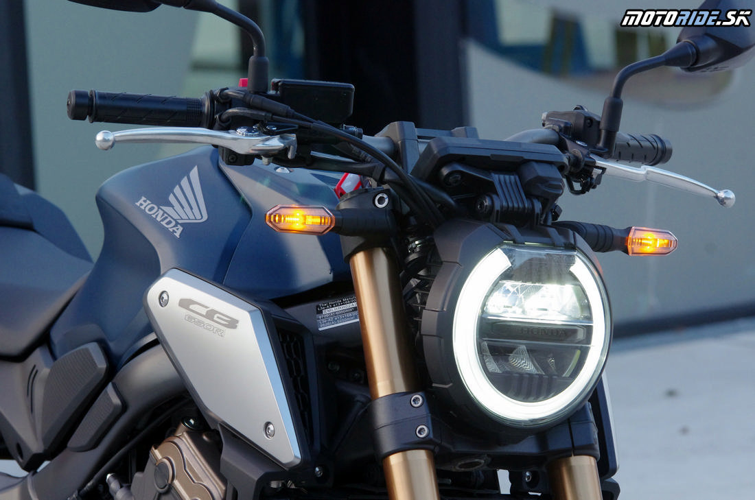 LED osvetlenie - Honda CB650R 2019 - Neo Sport kafáč strednej triedy
