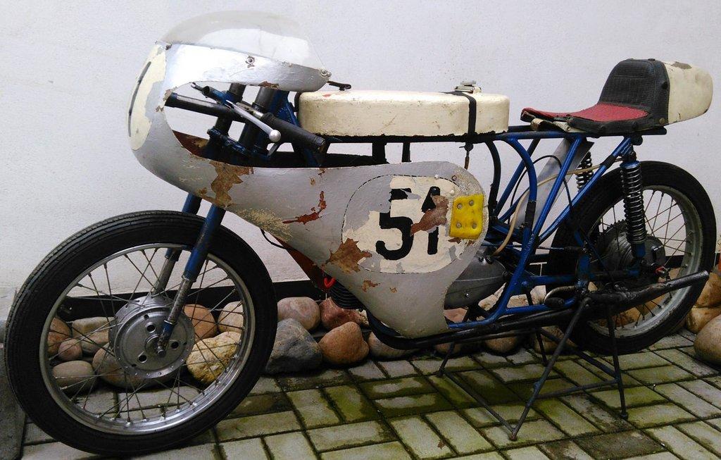 20. okapotovaný pretekový Pionier zväzarmovskej výroby