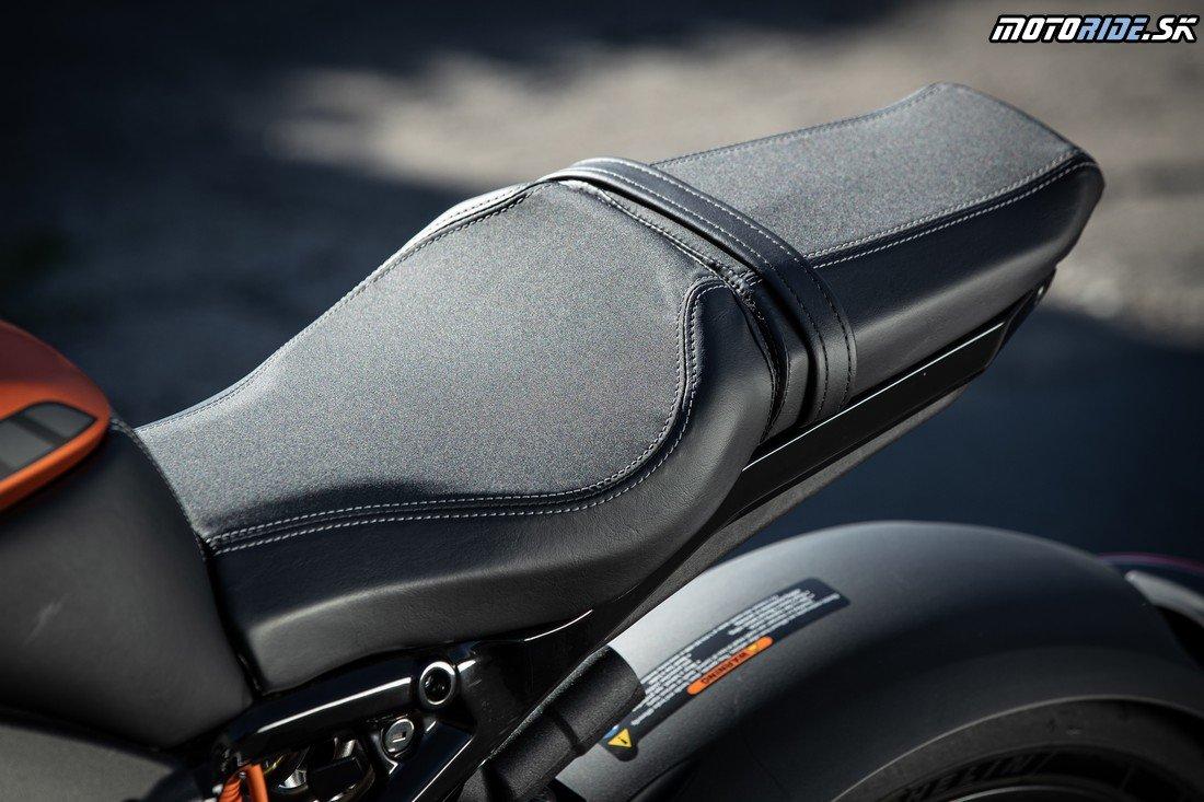 Exkluzívny test: Harley-Davidson LiveWire - ELEKTRIZUJÚCA JAZDA