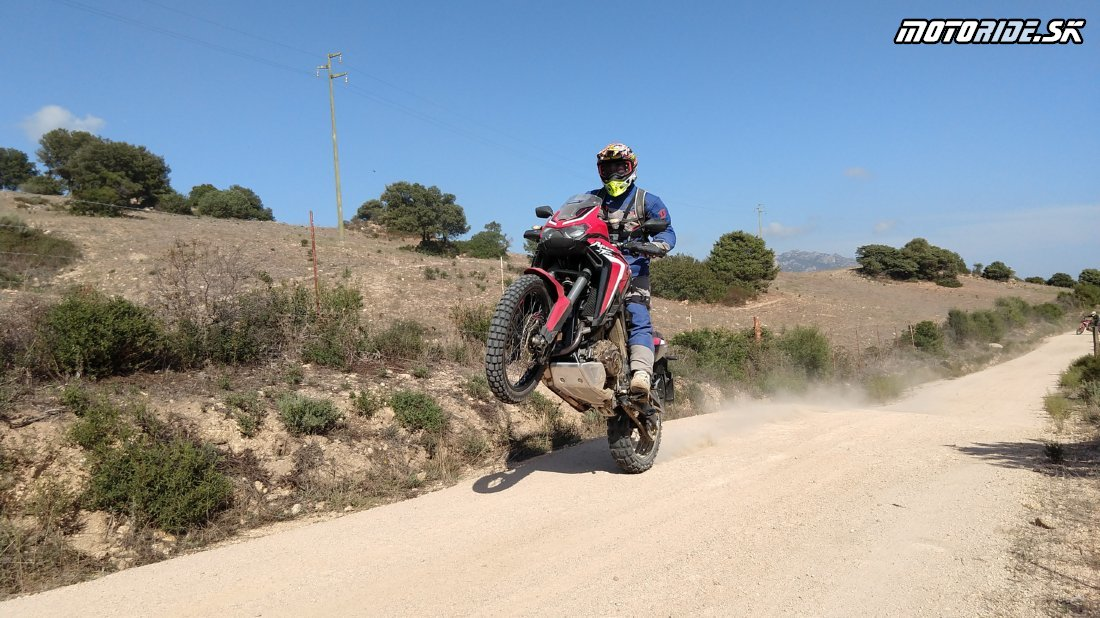 Naživo: Testujeme Hondu CRF 1100 L Africa Twin 2020 na Sardínii