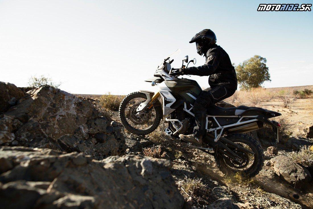 tiger-900-rally-pro-20MY-AZ4I4622-AB-1