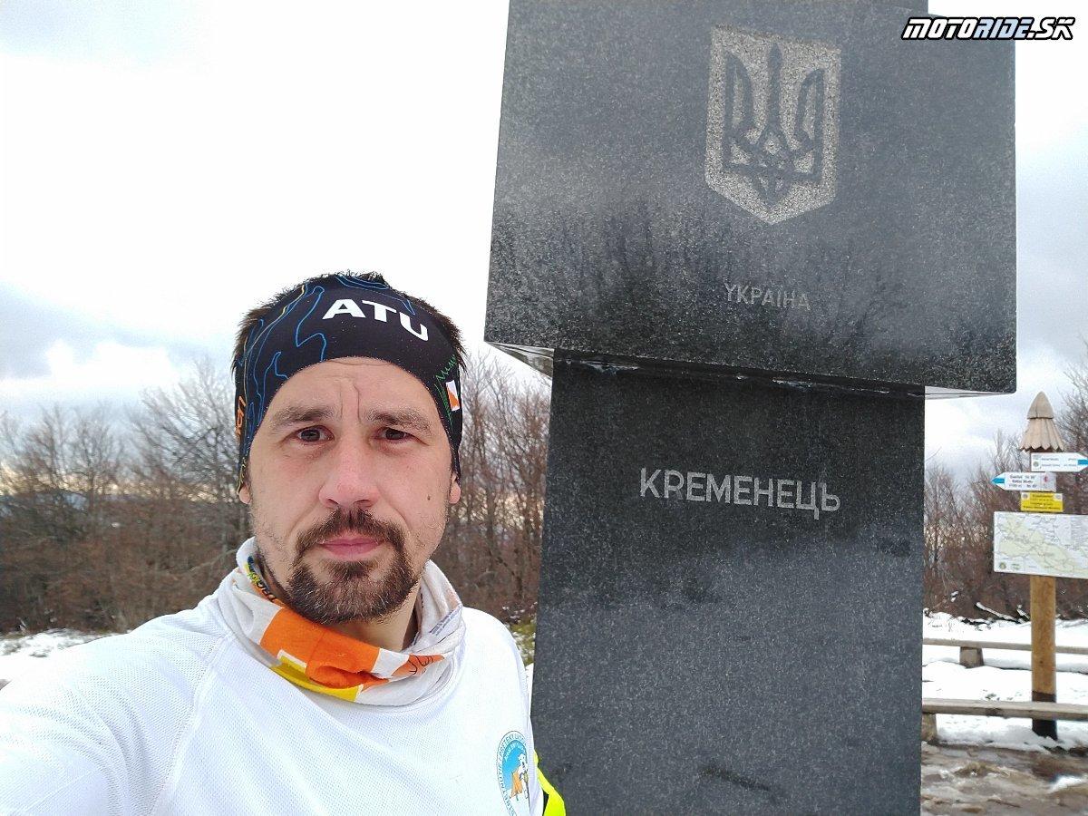Behom na zasnežený Kremenec 1221 m - najvýchodnejší východ SR - Krížom-krážom po Slovensku na CB500X