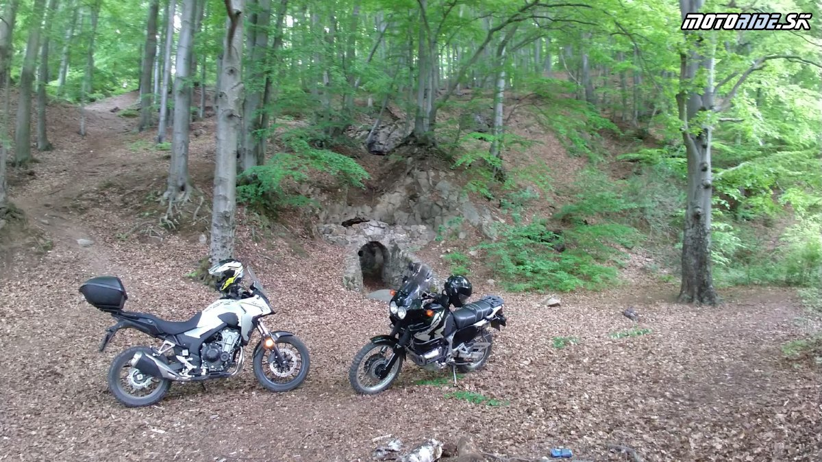 Opálové bane - Slanské vrchy CB500X a XRV750 - Krížom-krážom po Slovensku na CB500X