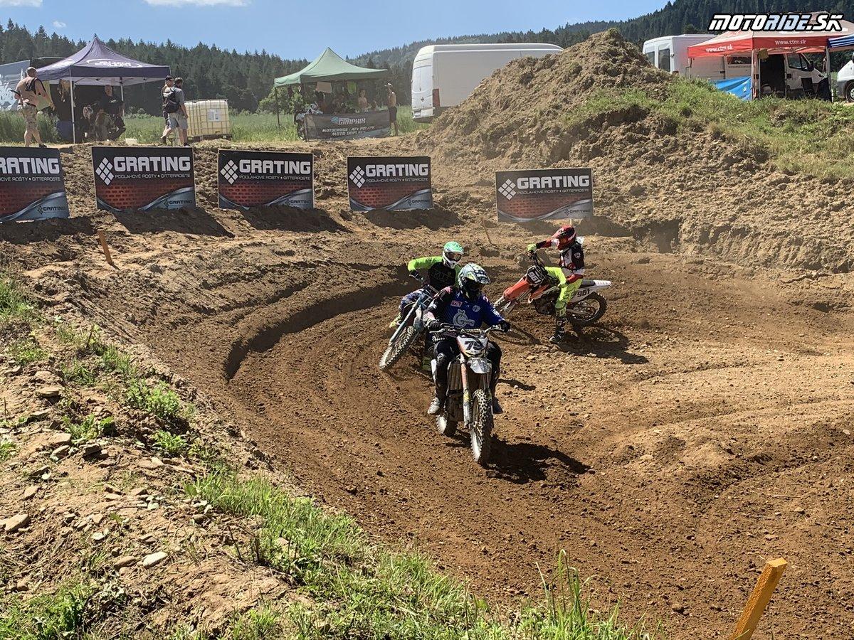 Slovenský pohár v motokrose 2020 - 1.kolo v Hniezdnom - report - Motokros nám chýbal – vHniezdnom to bolo vidieť na účasti pretekárov acítiť na nálade fanúšikov