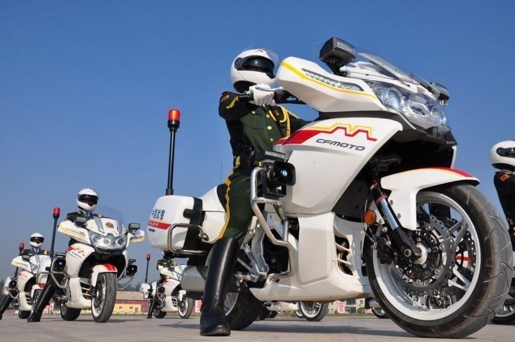 Policajná verzia CFMOTO 650G