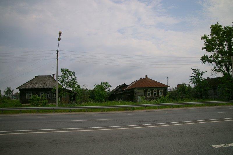 Rusko 2.etapa drevenice ako z Mrázika cca 100 km od Moskvy