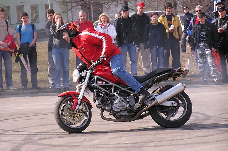 Borec Lysý na výstavě Motocykl 2004