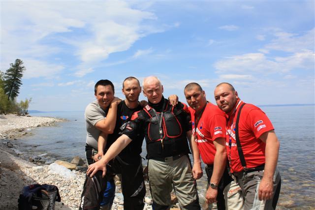 Mongolsko 2009 - Bajkal pri vode