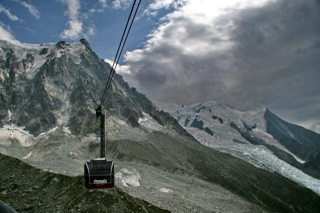 ...a druhou na Mont Blanc