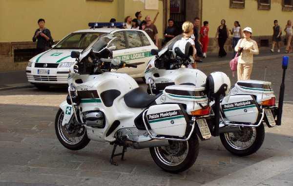 Talianské Police - zátišie / Pilgrim © 2004