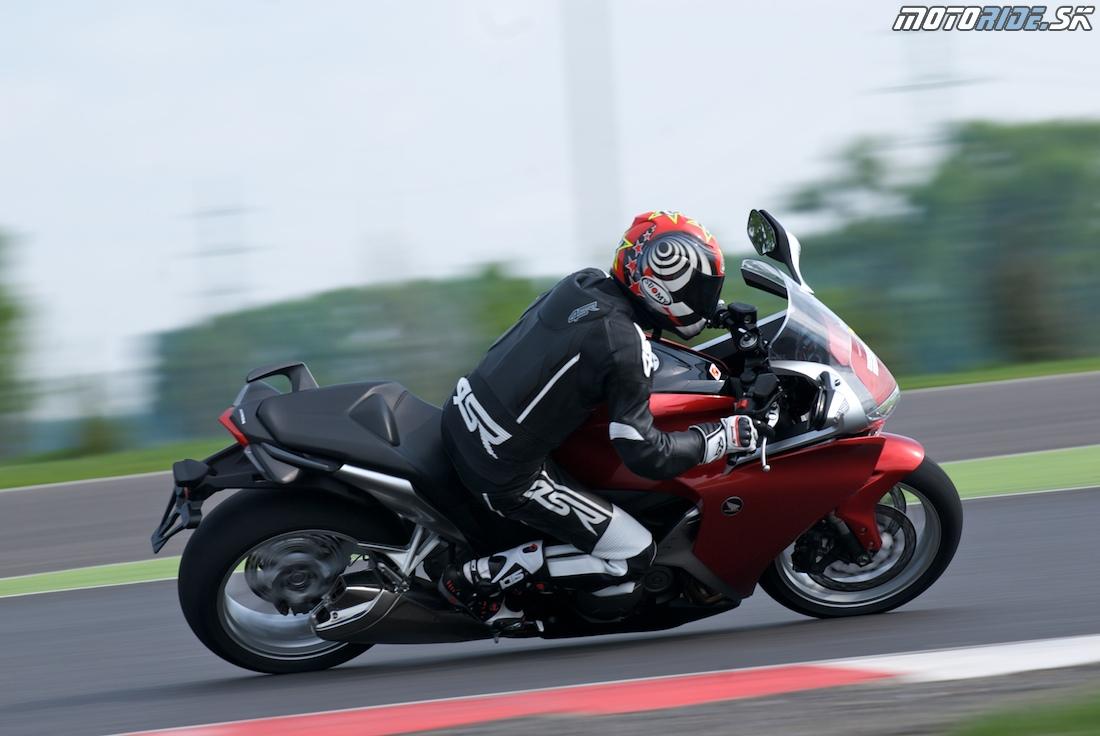 Honda deň Slovakiaring 2010