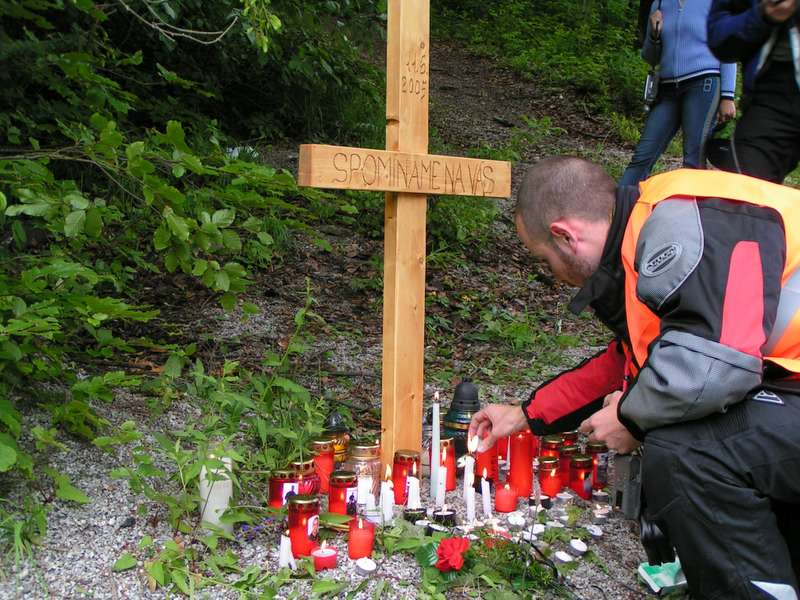 Symbolický kríž...