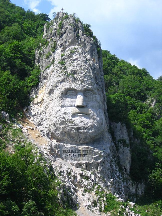 neznáma tvár hneď vedla Dunaja