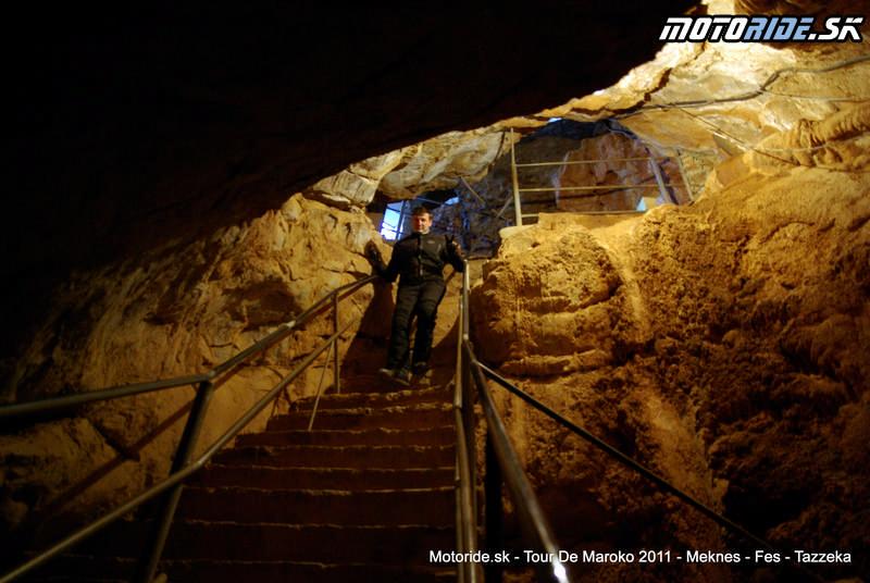 Jaskyna Friouato (Gouffre de Friouato), Maroko