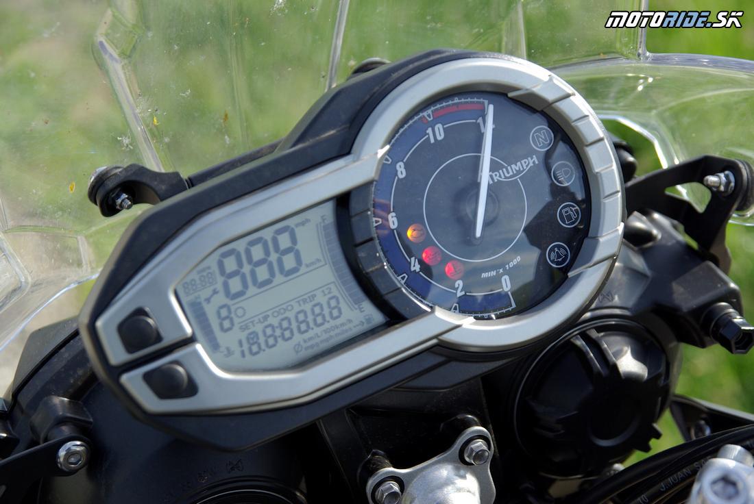 Triumph Tiger 800