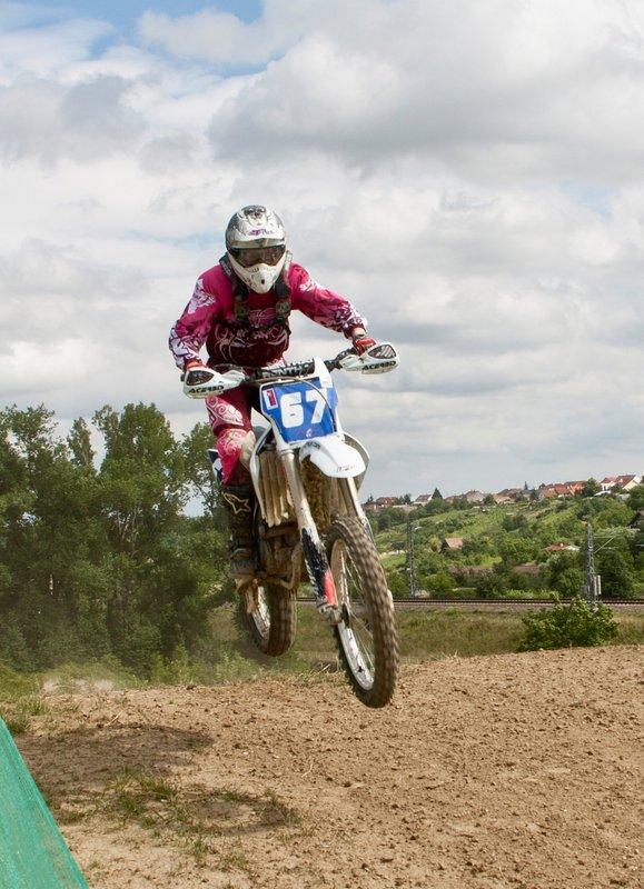 Predstavenie mladej motocrossárky Mirky Zavackej