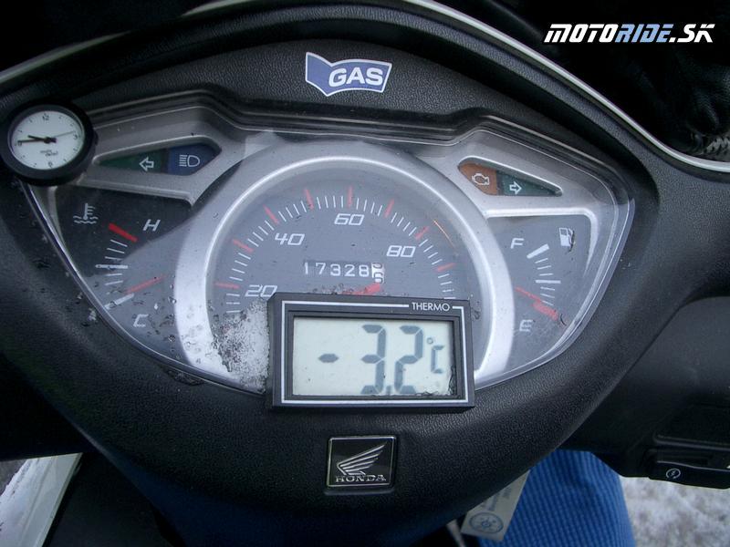 Vedieť vonkajšiu teplotu je pri jazdení v zime výhodou - Elefantentreffen 2012