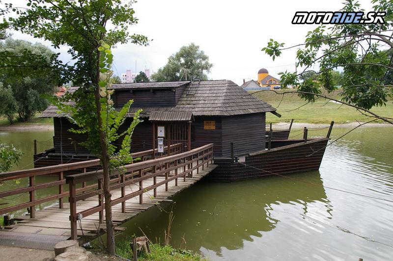 Motoride Stretko 2012 - Plávajúci mlyn Kolárovo