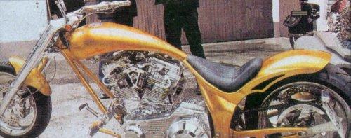 <B>Penz SP-14 Performance</B><BR> Motocykel na ktorom mal v auguste 2001 nehodu <B>Herman Maier</B>, známy Rakúzky lyžiar.<BR> Nehodu nezavinil...<BR>