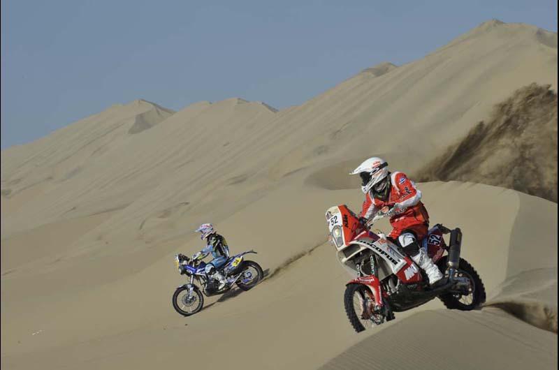 Dakar 2013 - 3. etapa - 52 Felipe RIOS (PER) a 34 Michael METGE (FRA)