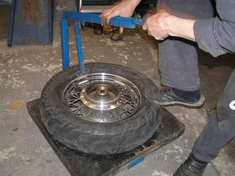 Vyzúvanie starej pneumatiky