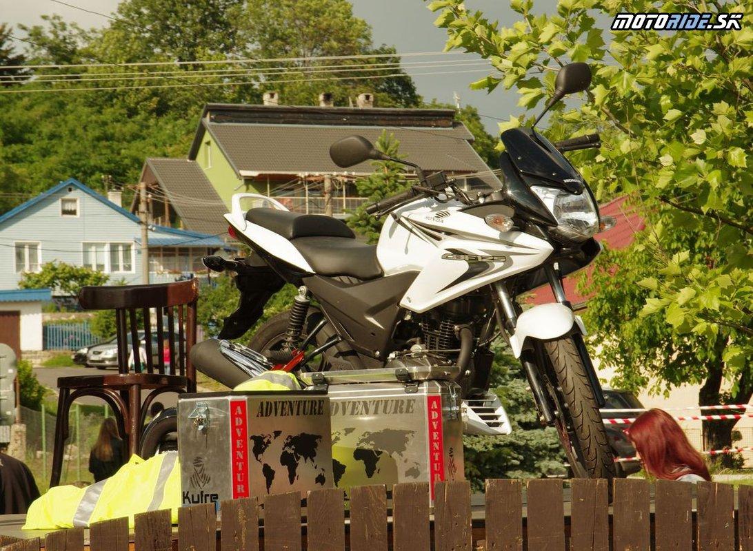 Hlavná cena - Honda CBF125