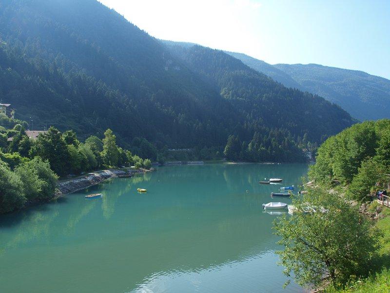 Lago di Molveno príjemné tiché miestečko