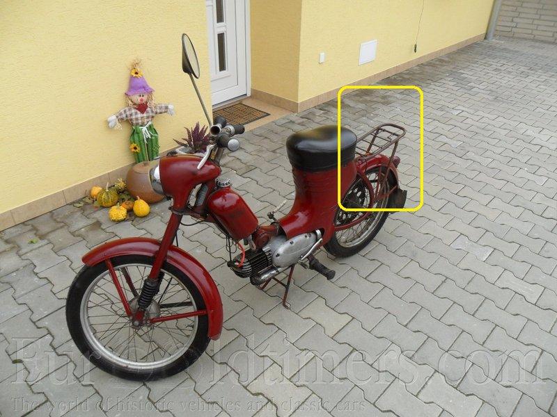 bicyklový nosič aj so strunovým fixovačom na skladadačke A+C+555