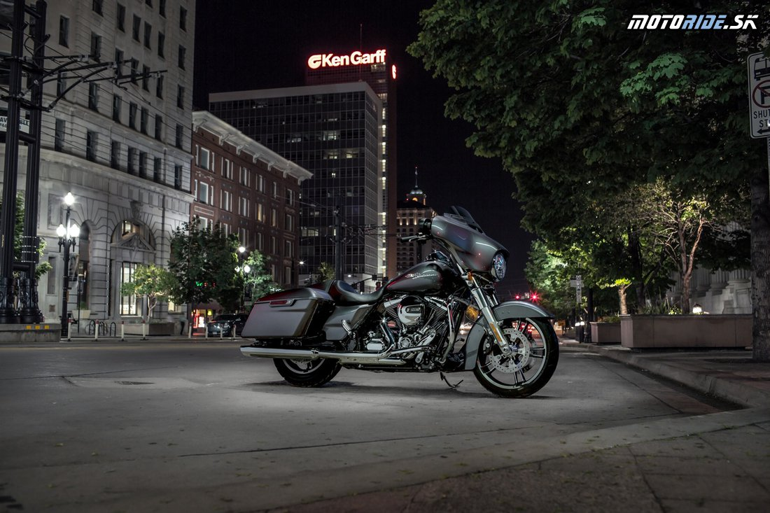 Harley-Davidson Street Glide® 2014
