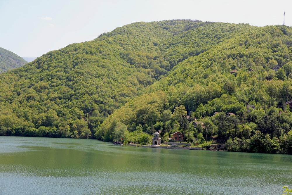 Rieka Crn Drim