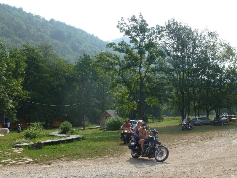 Vozime sa po ekokempe v Bosne