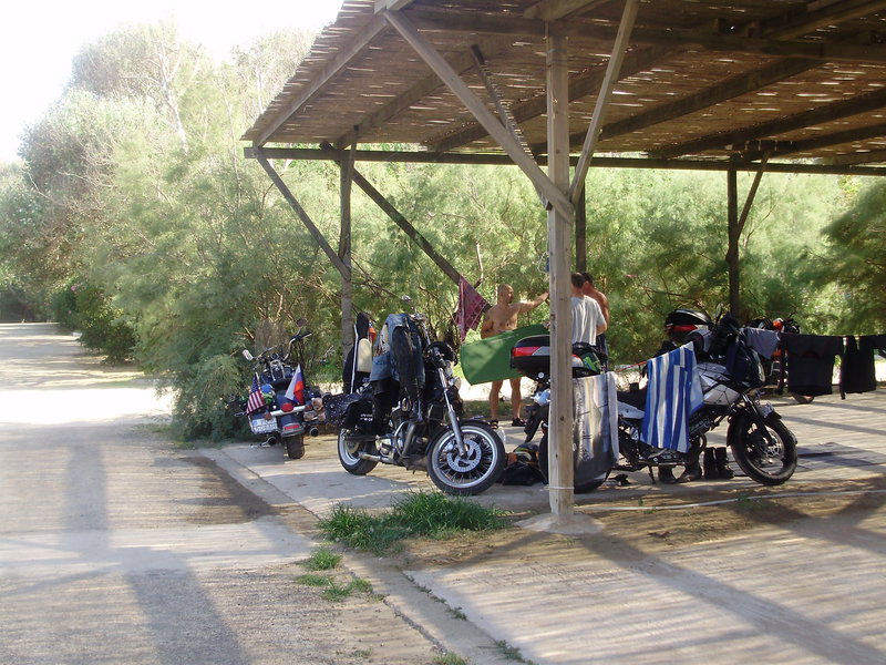 Spanie v Alexadropoulis v ohrade z motoriek