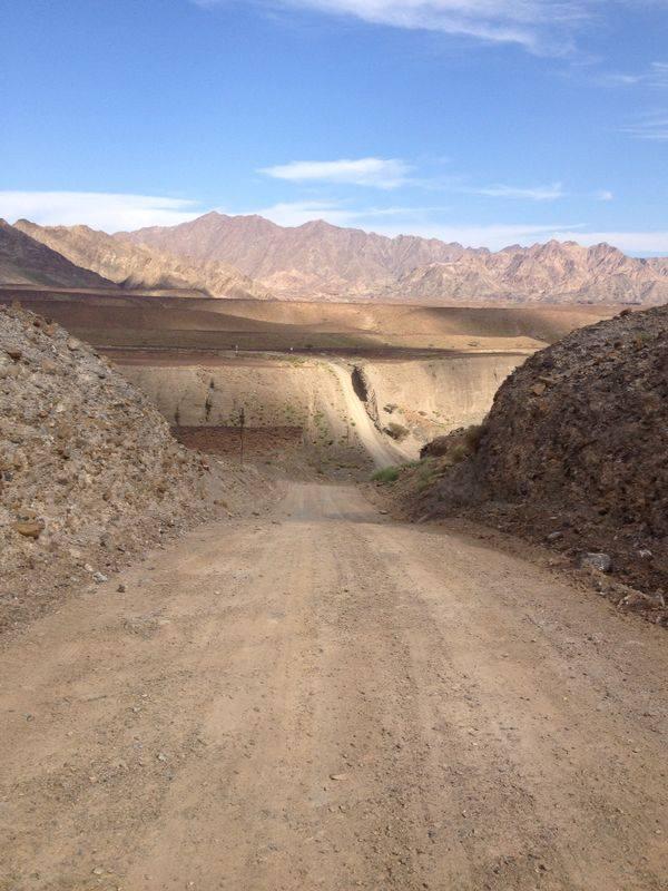 Nadherná wadi Ajran, hrad v Nakhl, wadi Sahtan a kemp pri Al Khaburah