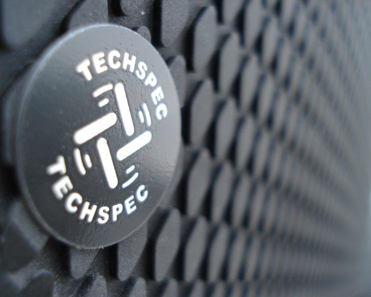 Techspec Gripster - gripy na nádrž motocykla Snake Skin