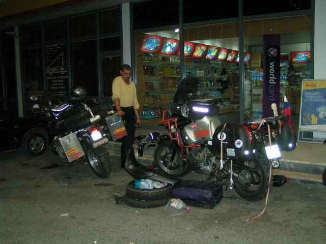 Servis Hergiho motorky.