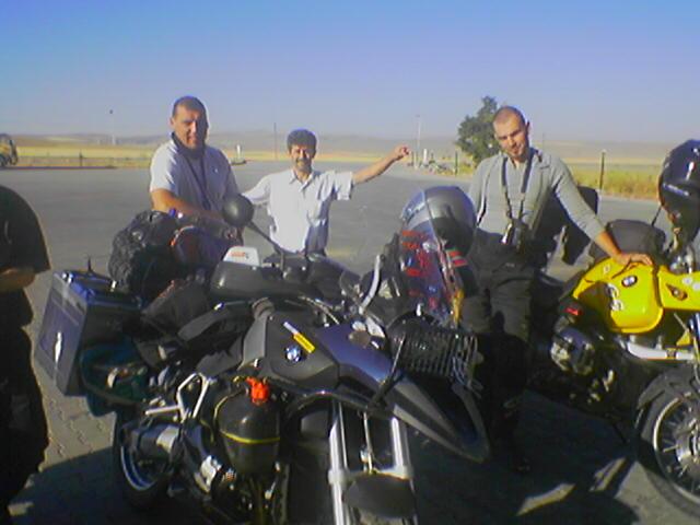 Pred jazerom Tuz Gulu