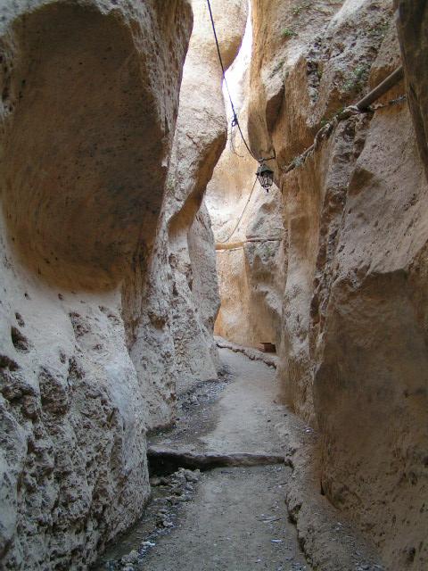 Maloula - miesto ranných kresťanov, sklané obydlia, bolo to tam naozaj zaujimave.