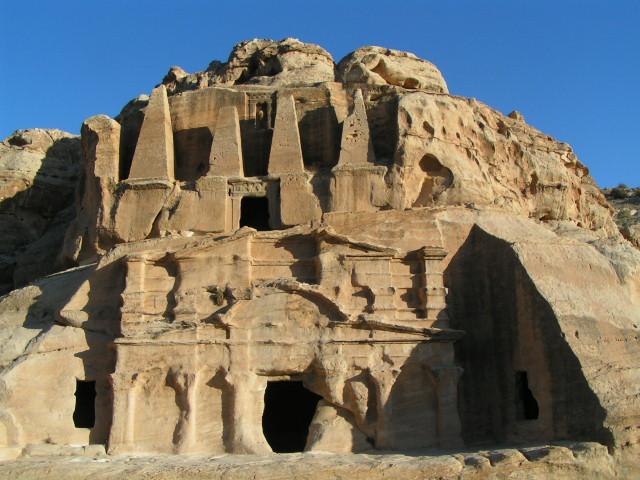 Petra - sklané mesto dávnych Nabatejcov