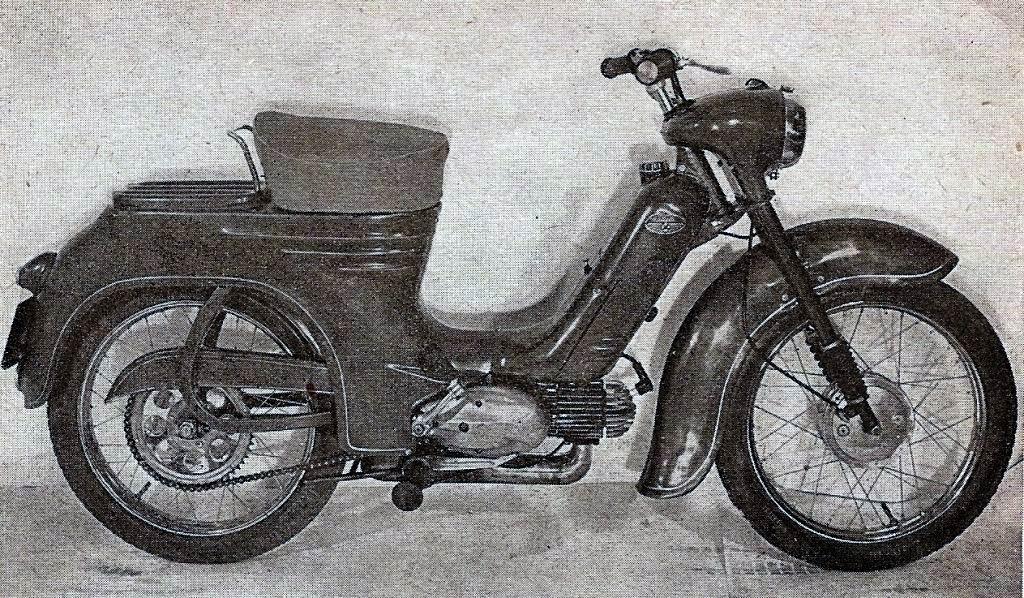 iný pražský prototyp s mechanikou Pioniera 555 tiež bez tachometra