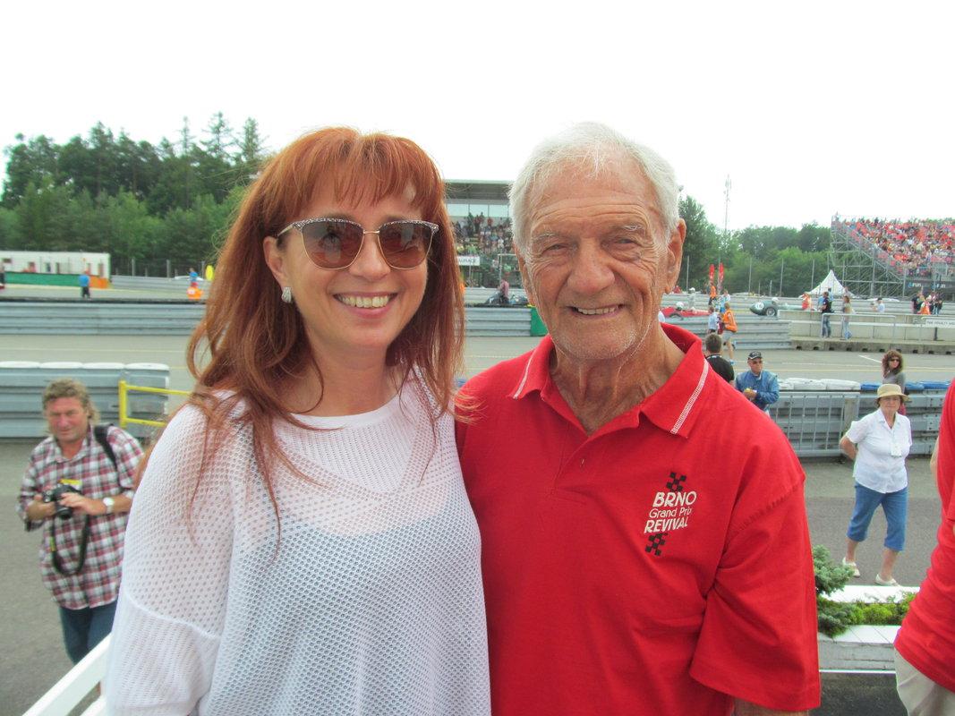 Jim Redman s riaditeľkou autodromu Brno