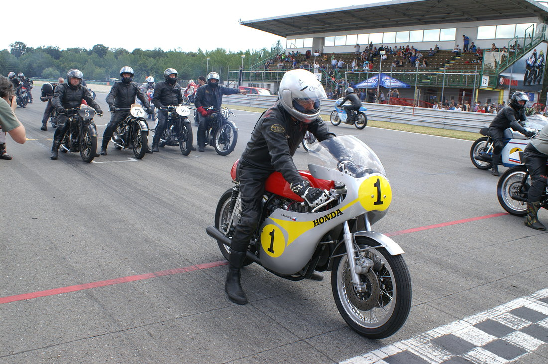 Jim Redman na Honde HBR 500