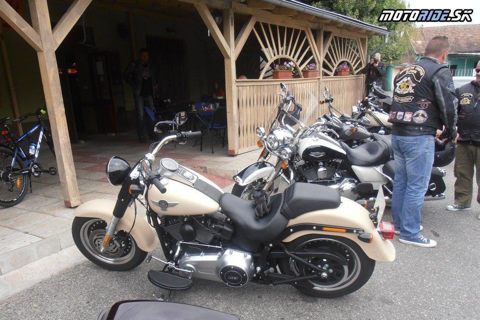 Harley - Davidson Fat Boy Special - HD v HB