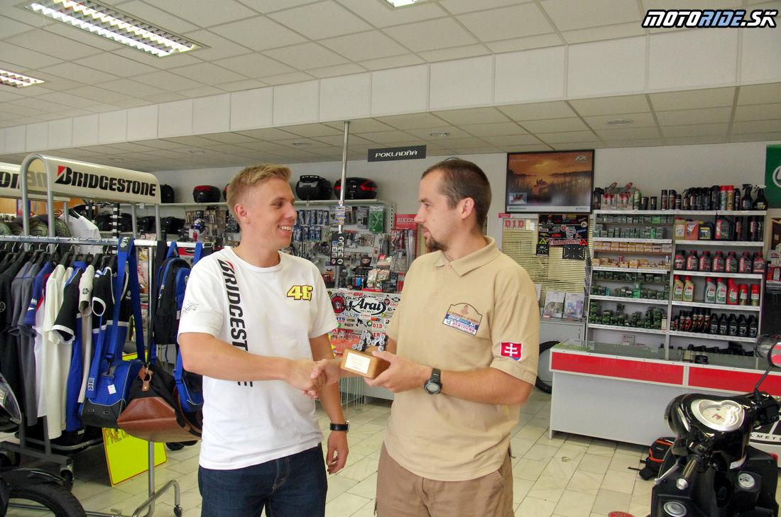 Odovzdanie trofeje Motoshop roka 2013 - PETRO a spol.